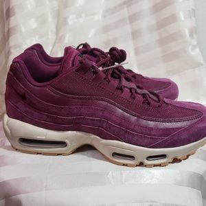 Nike Men's Air Max 95 SE Red Purple Bordeaux White